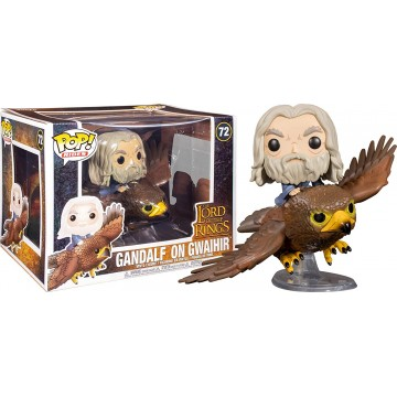Funko Pop de Gandalf on...